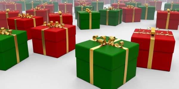 Saturday, December 8: Craft & Vendor Fair
