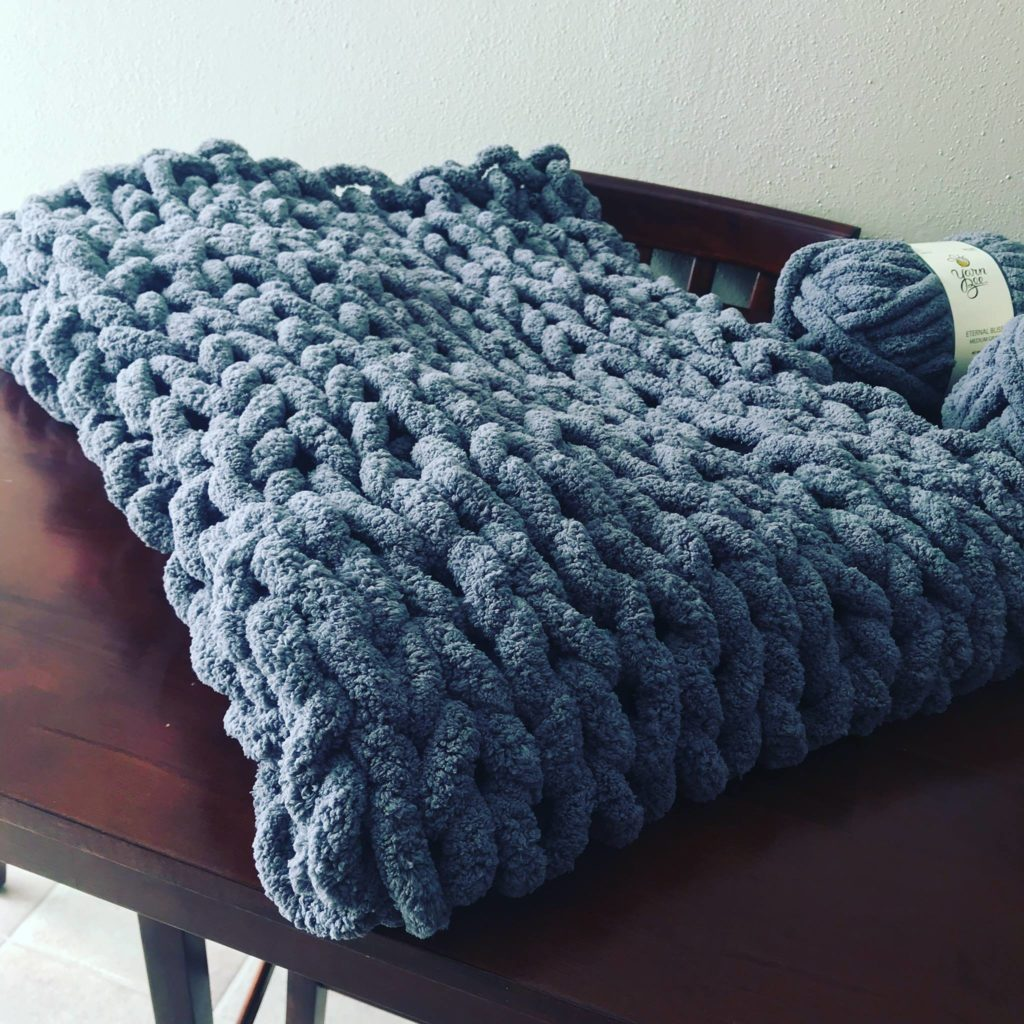 Saturday, June 22: Chunky Knit Blanket Class